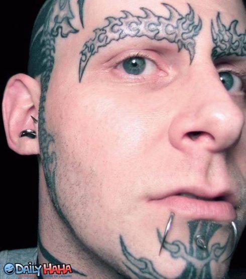 retarded_tattoo_face_guy