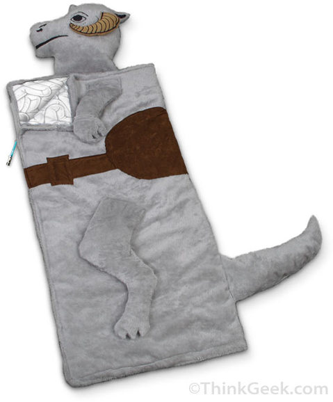 tauntaun-sleepingbag-embed-zoom-thumb-480x578