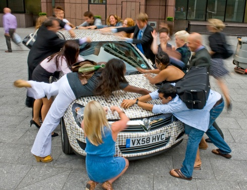 vauxhall launches their first ever cash carencrusted with £2000