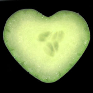 heart-shaped-cucumber-mold-set-5