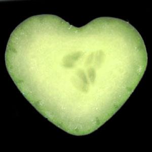 heart-shaped-cucumber-mold-set-5