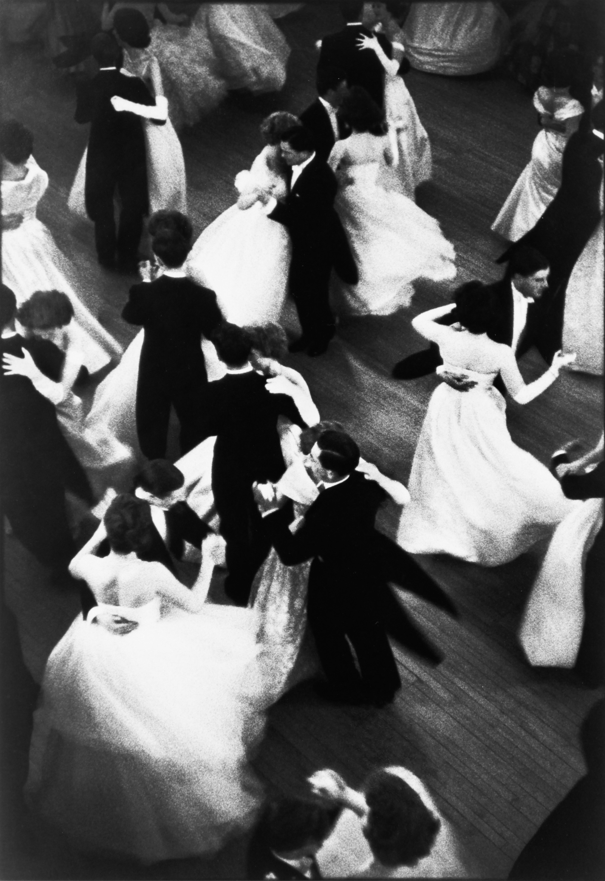Strip Clubs: An Unforgettable Night Out cartier-bresson-queen-charlottes-ball-london-1959