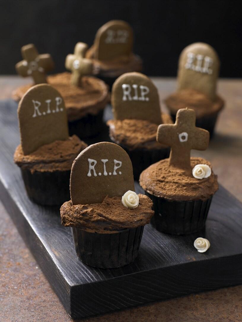 Harrods Zombie Last Supper | Cakehead Loves Evil